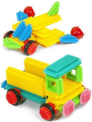 Construcción Pegy Bricks