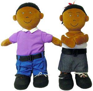 Muñecos abroches africanos