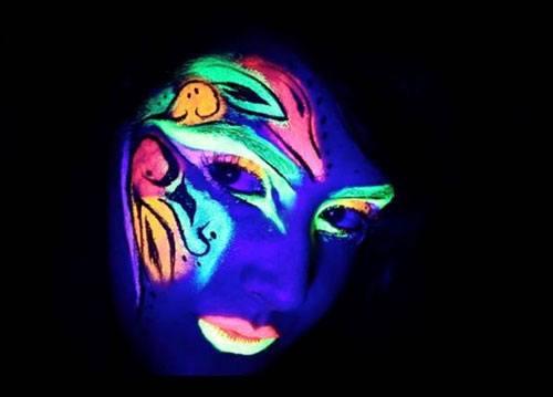 Maquillaje ultravioleta tubos 10 ml detalle 2