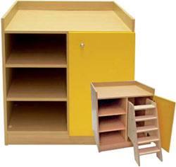 Mueble cambiador con escalera