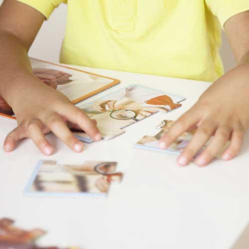Set 12 puzzles - niños felices del mundo detalle 2