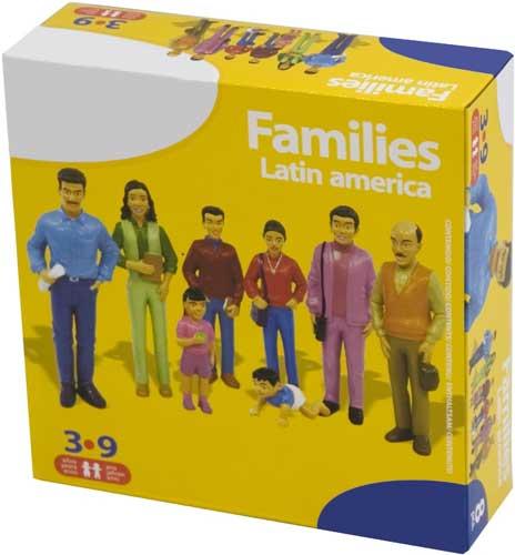 Familia latinoamericana 8 figuras detalle de la caja