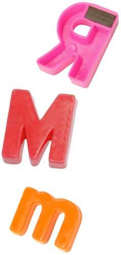 Letras magnéticas mayúsculas 32mm detalle