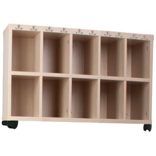 Mueble 10 casilleros y perchas con ruedas
