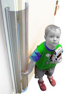 Protector de puerta transparente