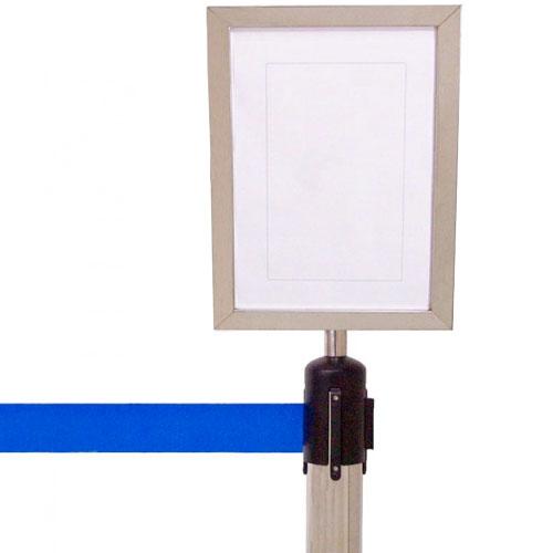 Panel informativo vertical para postes