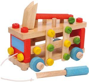 Coche construcción madera